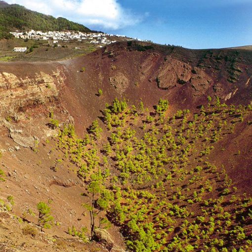 View of the Volcán de San Antonio, with Los Canarios in the background, La Palma, Canary Islands